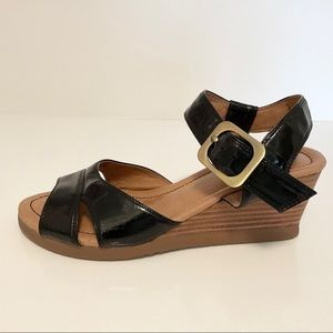 Miz Mooz Lily Buckle Wedge Sandal Black Size 7